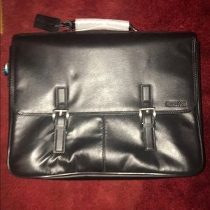 Kenneth Cole reaction Laptop briefcase. New
